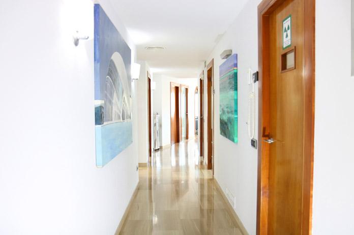 mejor clinica implantes dentales Valencia
